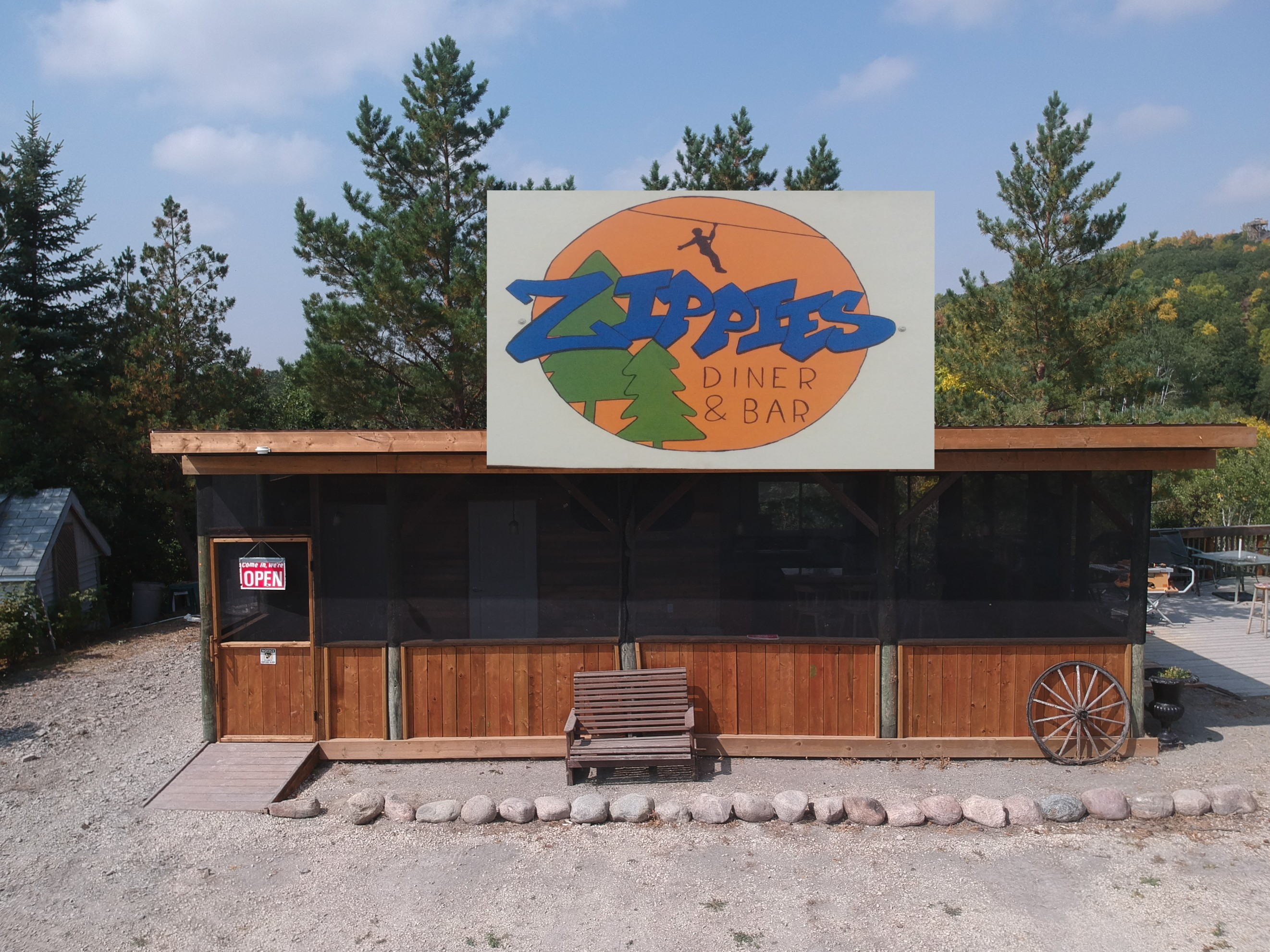 zippies diner and bar
